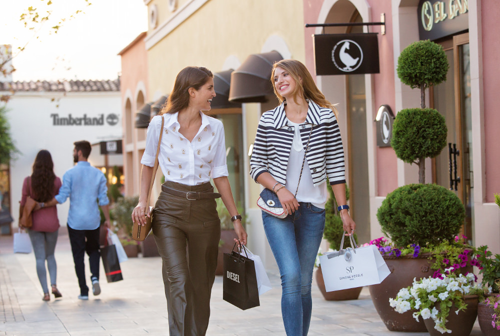 Best Autumn and Winter Activities in Mallorca Shopping