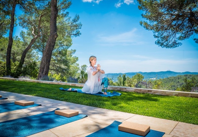Larah Davis – Ibiza Retreats